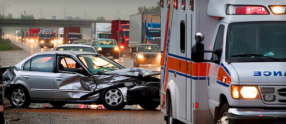 personal injury lawyers and workers compensation lawyers near syracuse ny and watertown ny image of car accident